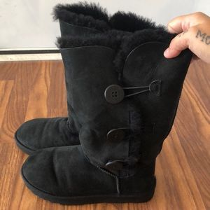 Ugg's- Tall Black Button